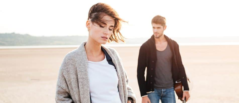 why you should always avoid dating at your level of self-esteem